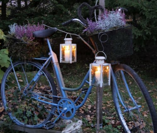 Trash to treasure garden decor – bicycle upcycled