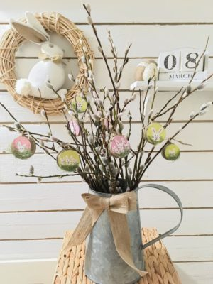 Wood slice Easter decor